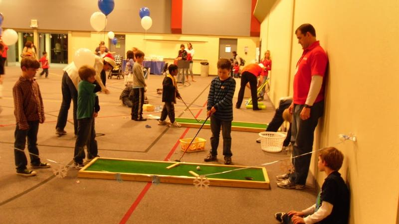 golf carnival game and kids playing